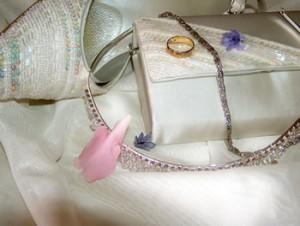 bride fashion accessories