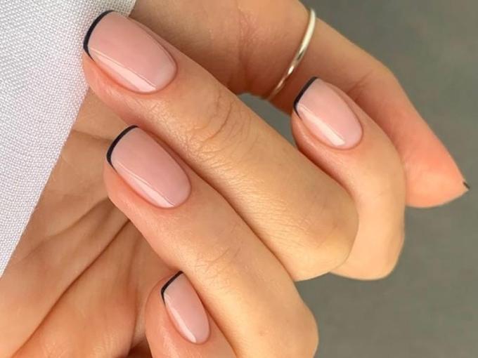minimalist french manicure